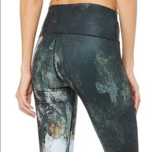 Alo High-Waist Airbrush Capri Print Canyon